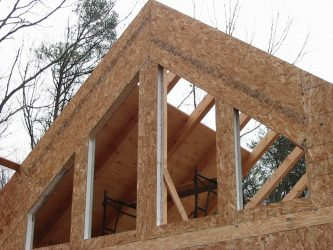 structural insulated panels on house under construction