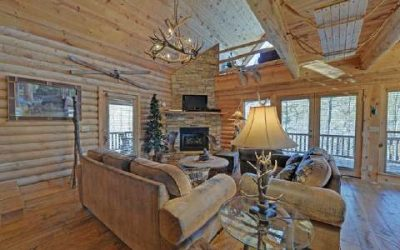 Floor lamp in log cabin great room