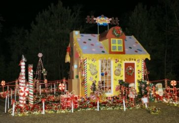 yellow gingerbread house