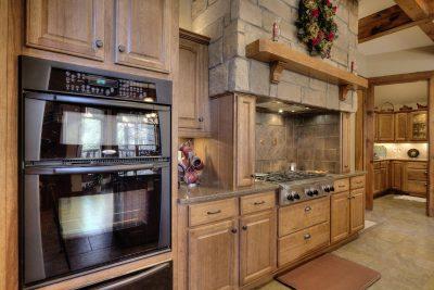 Designing Log Home Kitchens For Log Homes Everything Log Homes