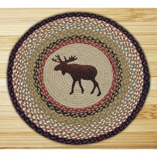 Braided rug with moose in the middle