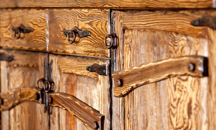 Rustic kitchen cabinets for a log home
