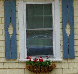 Diamond design on shutters