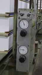 Machine to measure pressure of glue