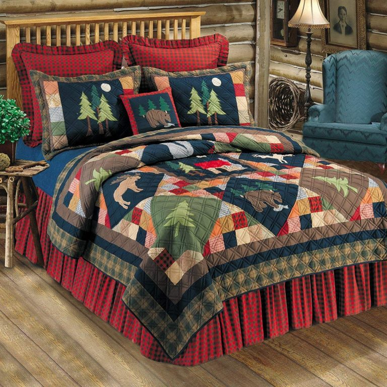 Colorful Timberline quilt on a bed