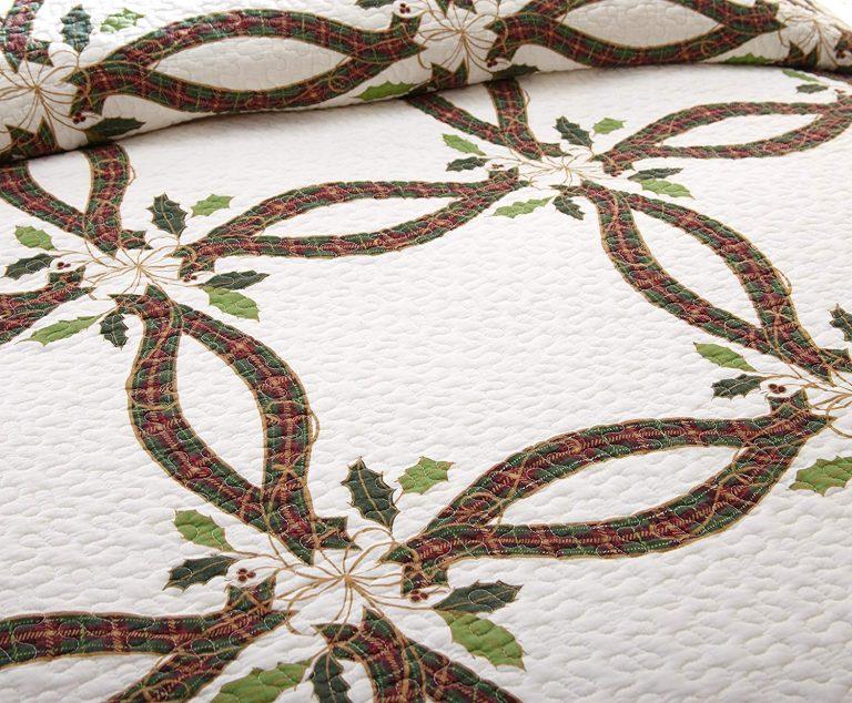 Lenox holiday nouveau quilt