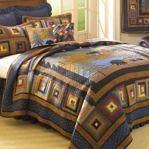 Midnight Bear quilt on bed