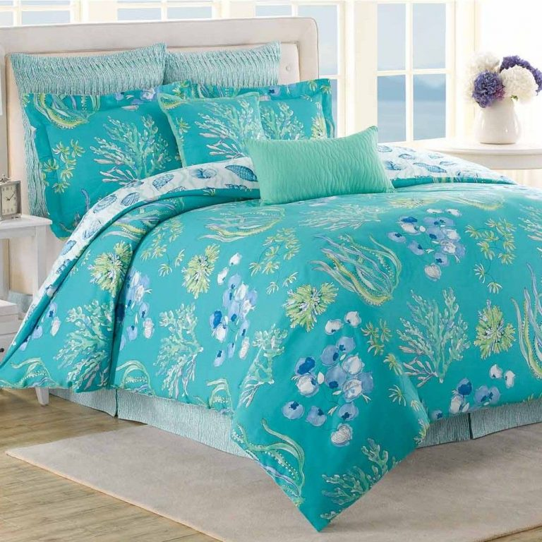 Pretty aqua Beachcomber comforter set